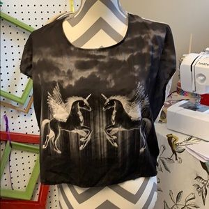 Forever 21 Tops - Forever 21 Pegasus crop top. Size 10